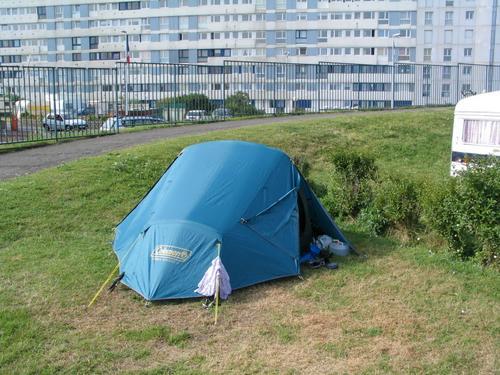 Tent_suburbia in Calais