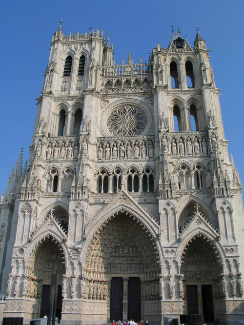 Notre Dame, Amiens, in daylight